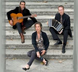Tango Carapa Trio